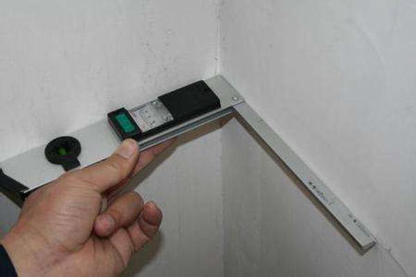装修墙面垂直验收