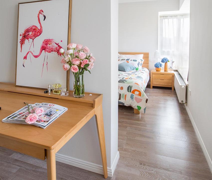 北歐風格中顏色最多的是白色、米色與淺木色,三者顏色相結合后整個家中給人最大的感覺就是干凈!