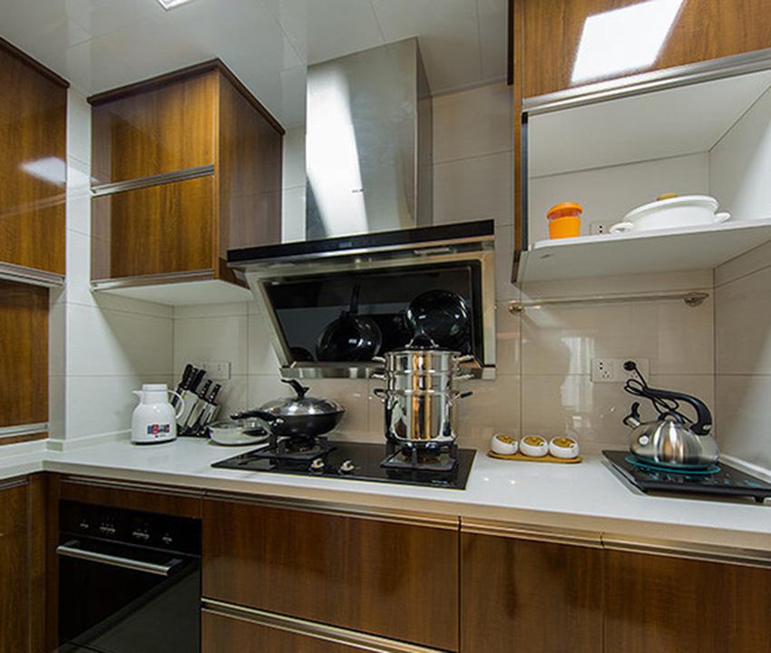 在厨房的设计上,更加注重功能性的设计,无论是从收纳还是功能,这也是该风格的核心要点!