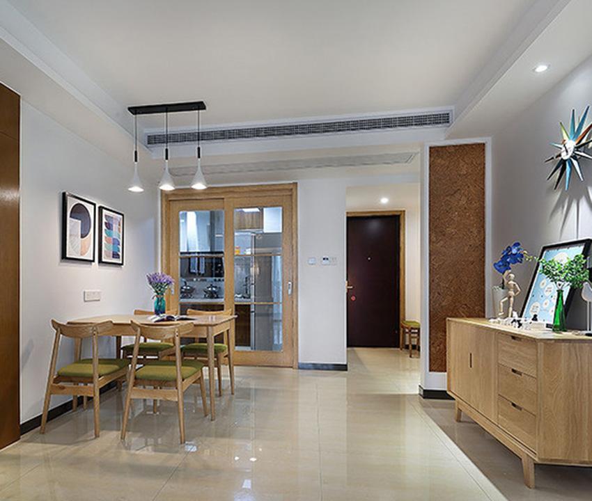 餐廳與客廳一體,整個空間無論是色調還是風格都是一致的,讓整個大空間協調統一,簡約大氣!