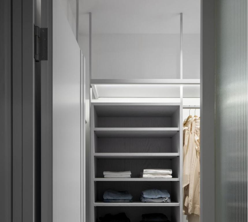 衣柜的各层板的间距怎么设置
