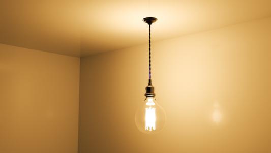 傳統燈泡和led燈泡的分別