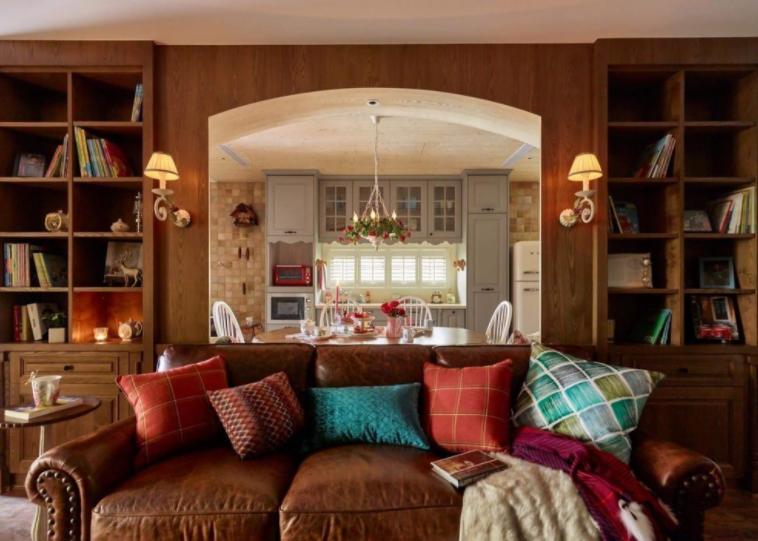 欧式的客厅装修效果图