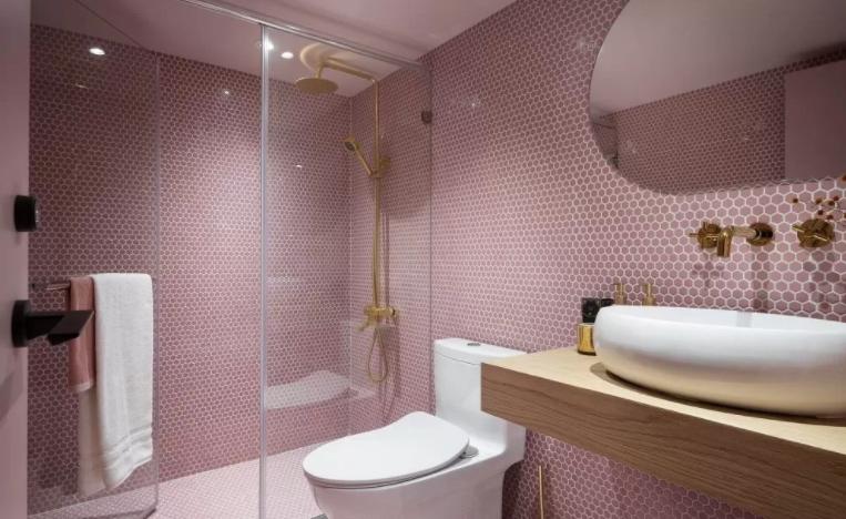 浴室冬天洗澡冷怎么辦?暖色系浴室是怎么樣的